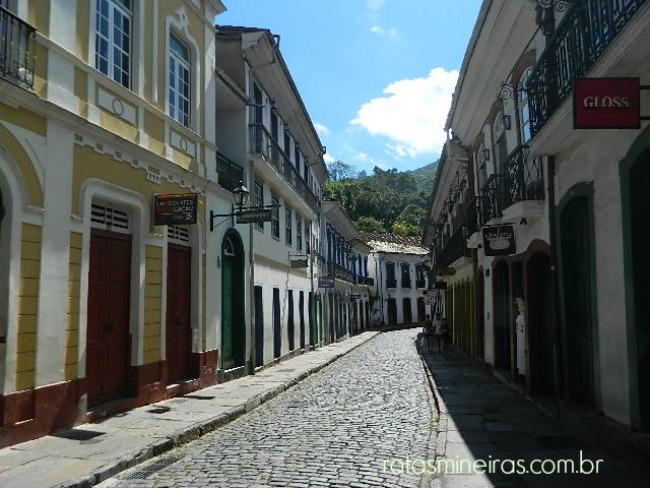 casario-rua-centro-ouro-preto