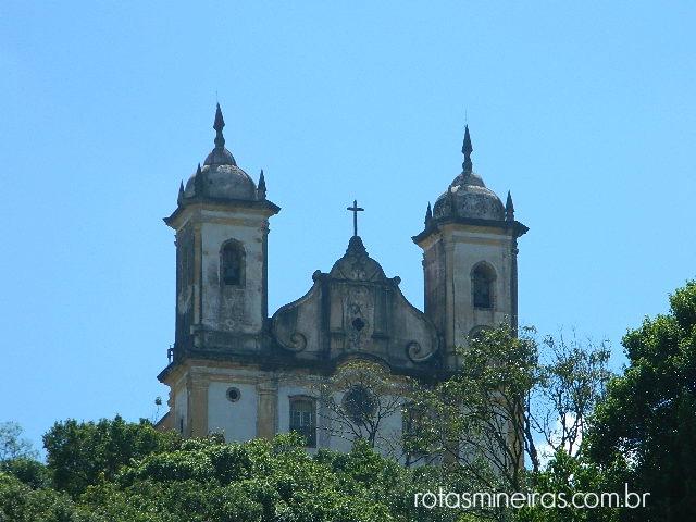 vista-igreja-sao-francisco-de-paula-ouro-preto