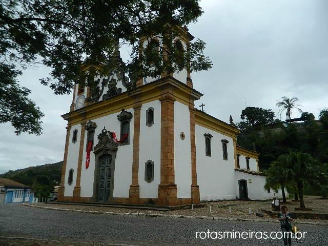 igreja-nossa-senhora-carmo-sabara