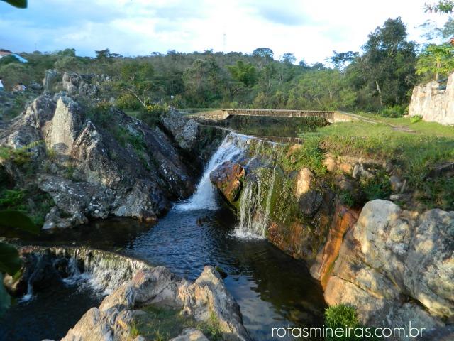 cachoeira-do-comercio-são-gonçalo-rio-das-pedras
