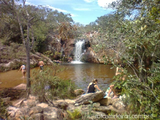 cachoeira-em-milho-verde