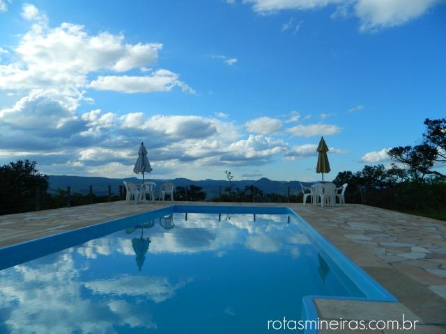 vista-piscina-pousada-sao-gonçalo-rio-das-pedras